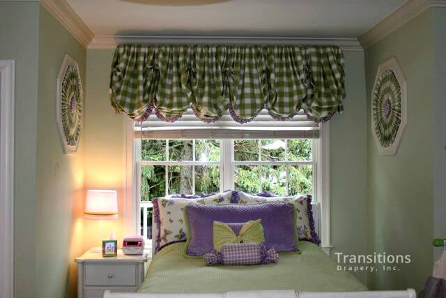 Balloon valance with sunbursts and pillows