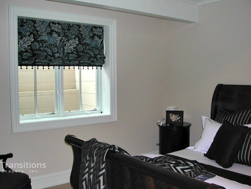 Roman shades traditional-bedroom