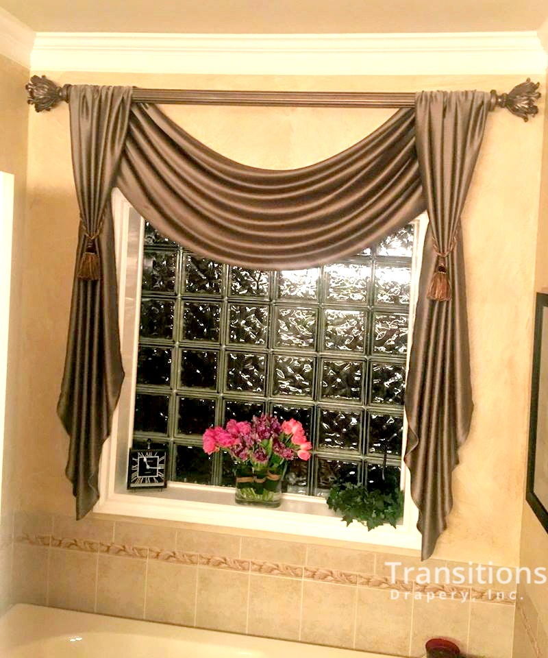 Valance with tails in master bath