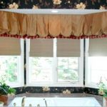 Valance Balloon master bath