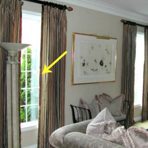 curtains or drapes leading edge