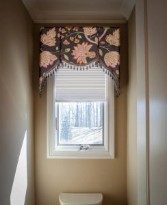 Bathroom window valance and blinds