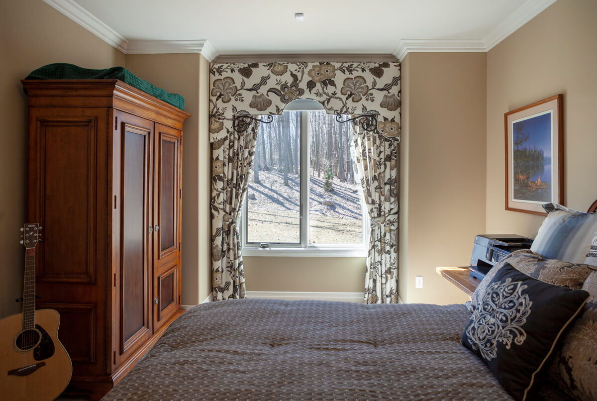 Custom drapery curtains valance bedroom