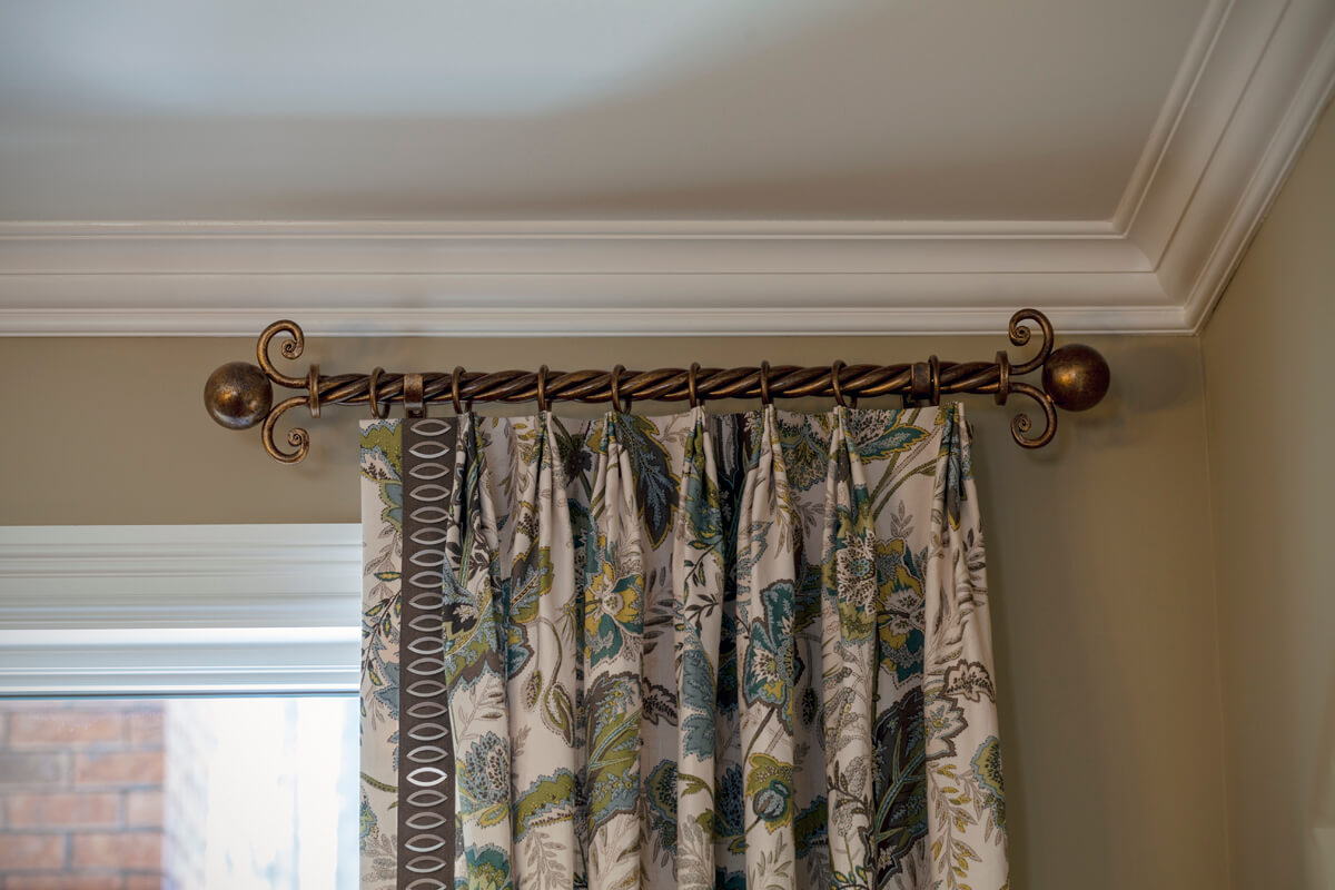 Decorative curtain rod drapery rod hardware